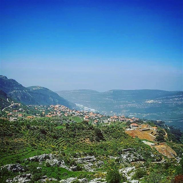 One of my favourite places view viewfromthetop naturelovers greenery... (Douma, Liban-Nord, Lebanon)