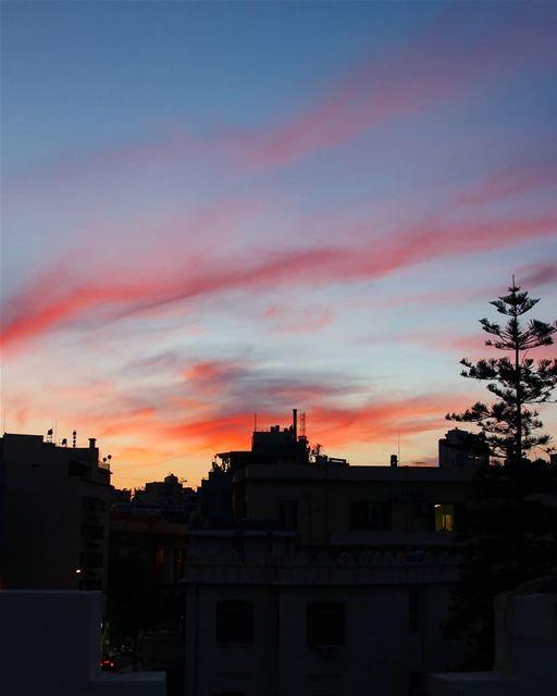 Some of the best evenings start in technicolor 💙❤💛💗 goodevening ...... (Beirut, Lebanon)
