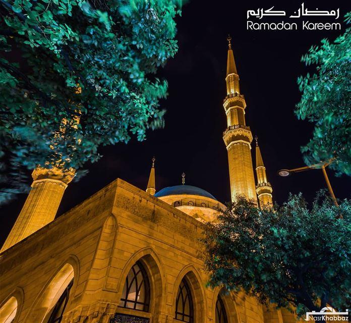 Ramadan moubarak, god bless you all.مبارك عليكم الشهر وكل عام وانتم بخير....