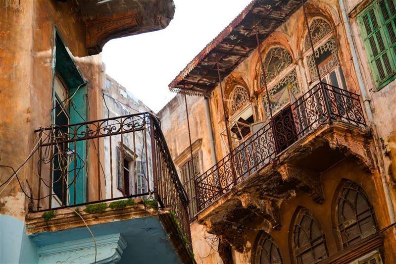 لكي لا ننسى تراث مدينتنا الغالية بيروت... اليوم العالمي للتراث. heritage ...