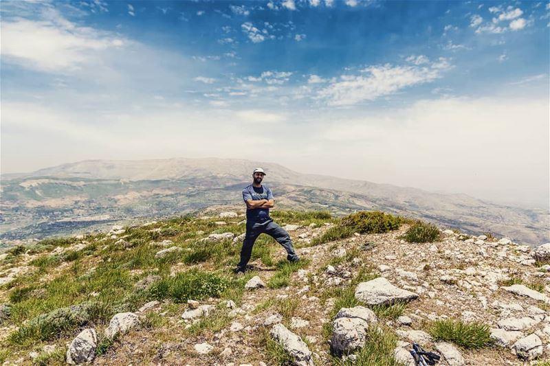 Mish Selfie bas Jabal Sannine Khalfi... (Jabal el Knîssé)