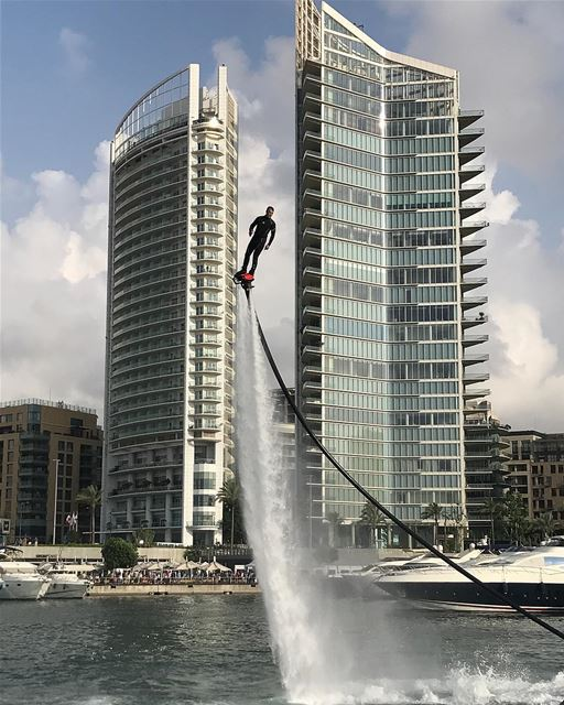 When you're stuck in the middle just go forward ⏭  flyboard ...