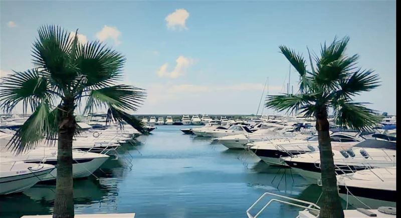 marina boats sun whatsuplebanon eyesoflebanon meetlebanon ...