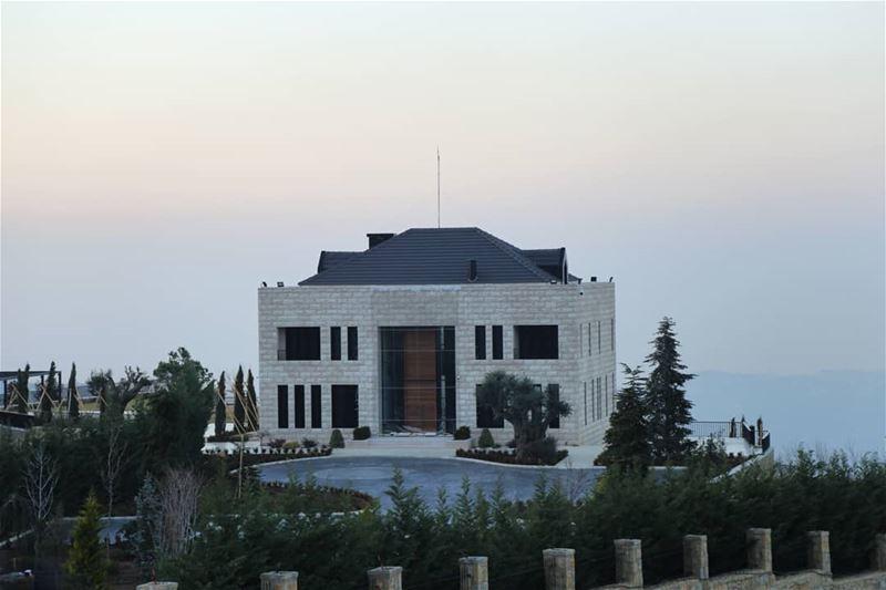 lebanonhouses archilovers House libanon bhamdoun picoftheday canonme... (Bhamdoûn, Mont-Liban, Lebanon)