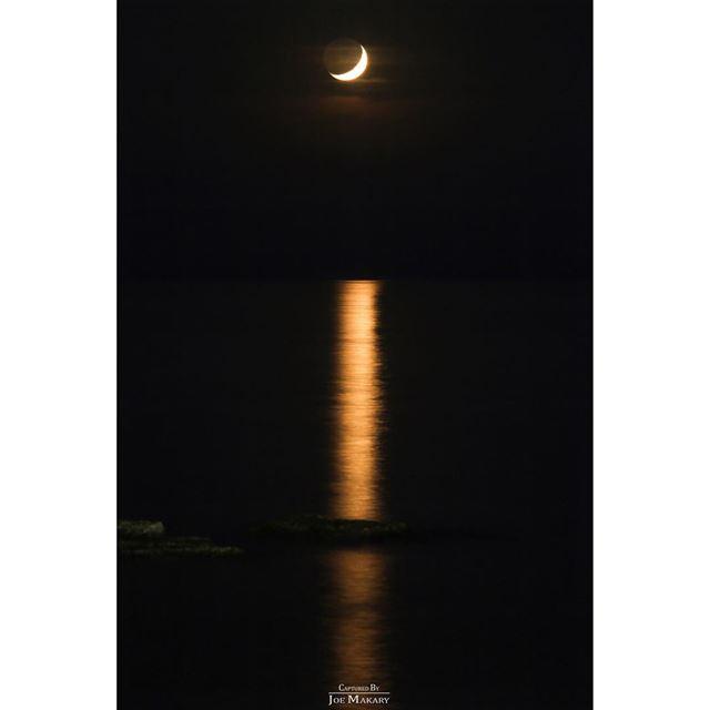 قمر رمضان طرابلس الميناء tripoli moon sea light longexposure ...