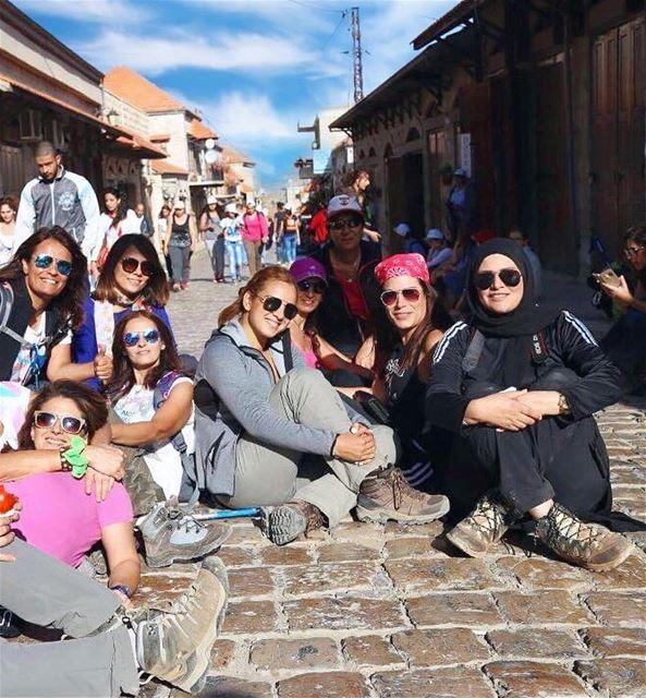 positivevibes hikers haveabreak friends lebanesehikers road houses... (Rachaïya, Béqaa, Lebanon)