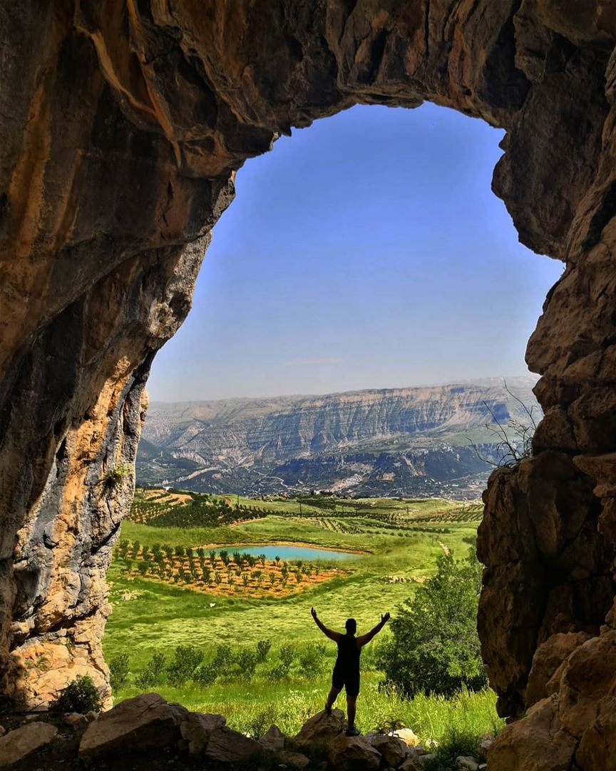 The beauty of laklouk dayout withhim hiking goexplore hikinglife ... (El Laklouk, Mont-Liban, Lebanon)