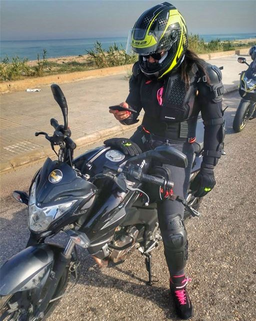 South on 2 wheels! biker bikerchick bikerlife bikersofinstagram ... (Saïda, Al Janub, Lebanon)