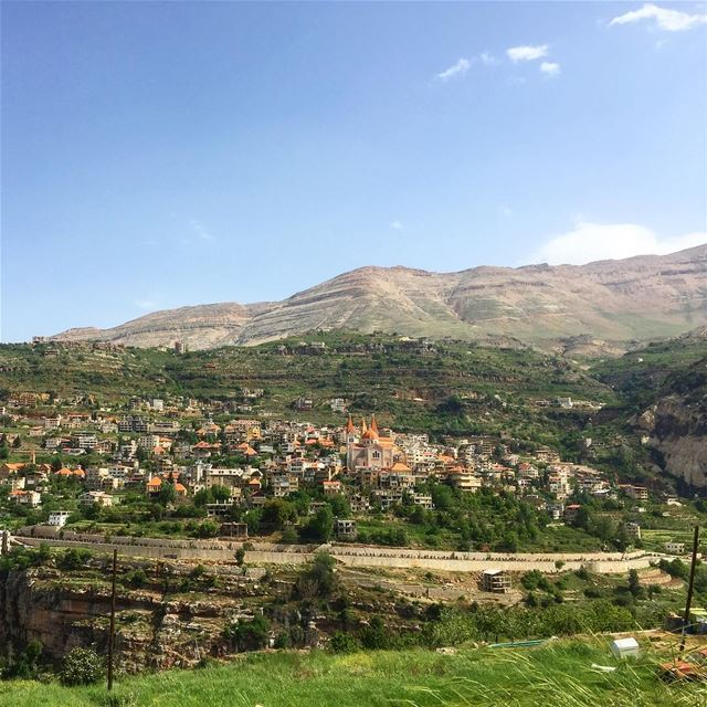 Good afternoon from our beautiful بشري ⛰⛪️💚————————————————— afternoon... (Bcharreh, Liban-Nord, Lebanon)