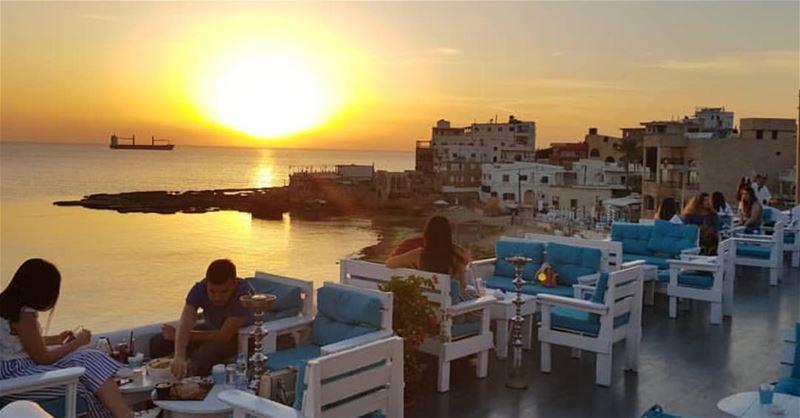 batroun titansbatroun sunset beach mediterranean sunsets explore... (Batroûn)