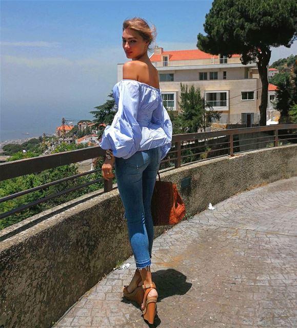 🌅🌅🌅... beiruting beirutstyle beirut inbeirut momof2 ... (Beit Meri, Mont-Liban, Lebanon)