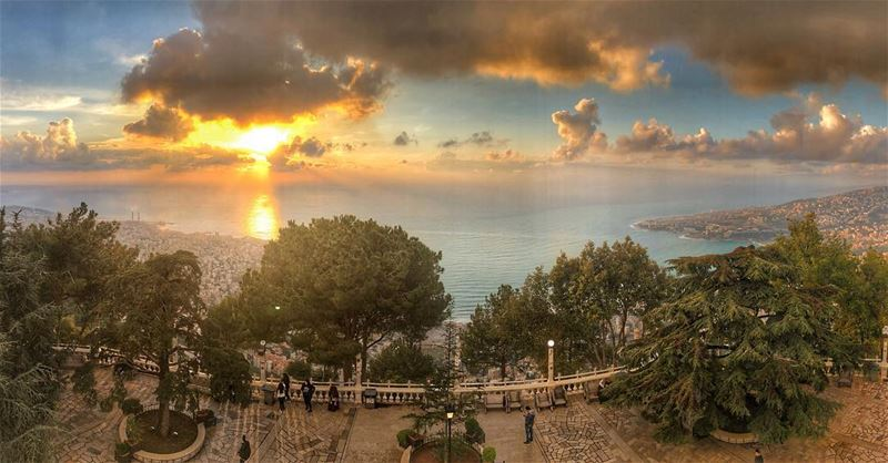 Sunset ; When magical moments happen! 🌅 lebanonpicks natgeotravel ... (Our Lady of Lebanon)