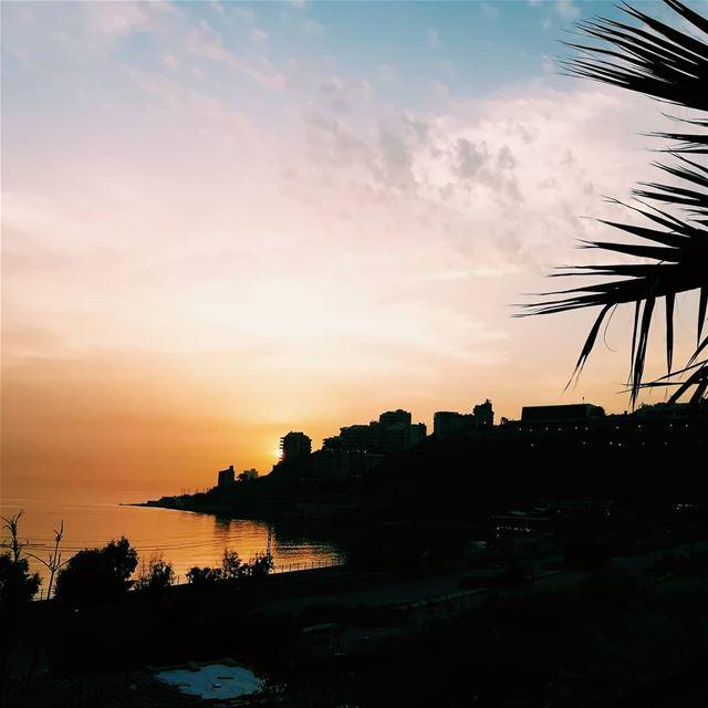 Every time different sunset Lebanon lebanoninapicture livelovebeirut ... (Kasrouane)