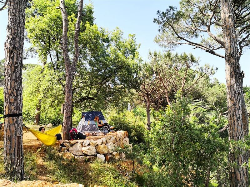 goodmorning lebanon outdoorlovers campers campinglife ... (Le Camp)
