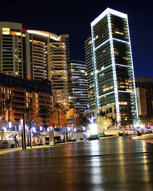 lebanon lebanonhouses beirut zaytounabay nightlights luxurylifestyle... (Zaitunay Bay)