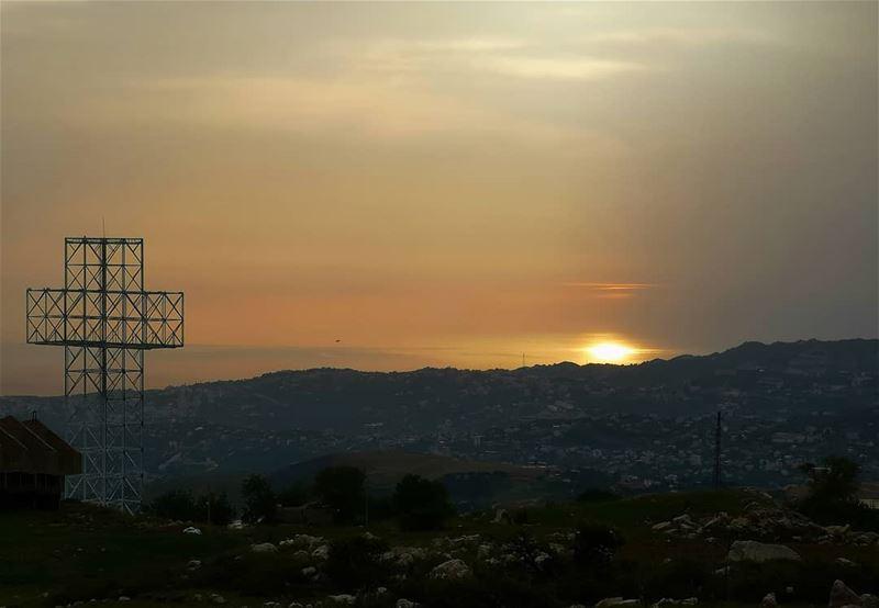 Faith will get you everywhere... beautiful!❤️ .... faith holdontogod ... (Qanat Bakish, Mont-Liban, Lebanon)
