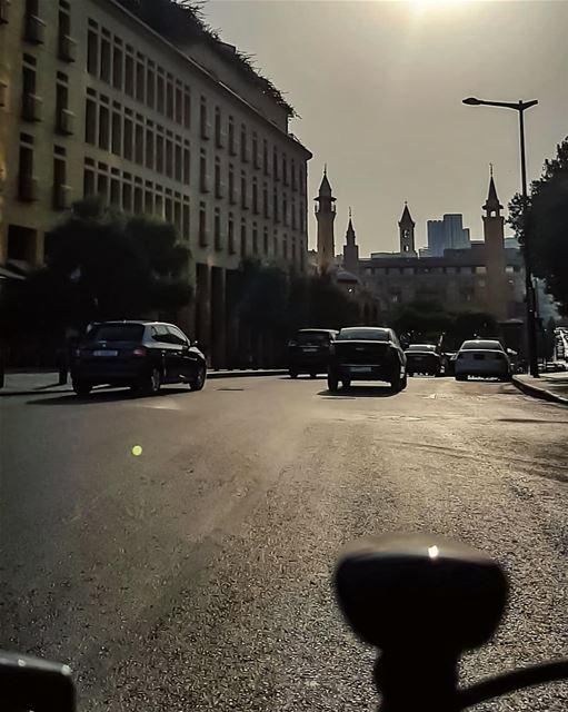 Darkness never fall on Faithful Hearts..🚲🍃.. happymonday... (Downtown Beirut)