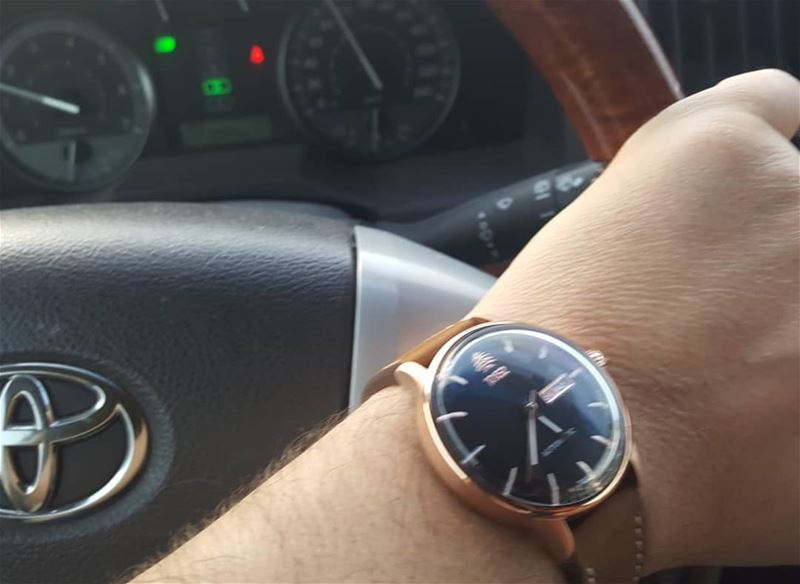 Driving back home for iftar with my automatic 10452dna watch lincoln... (Doha city Qatar)