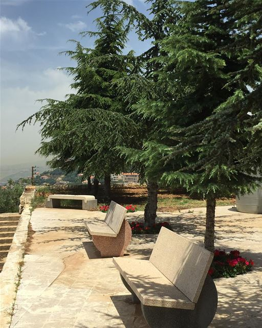 Accept what is, let go of what was, have faith in what will be... travel ... (Beit Meri, Mont-Liban, Lebanon)