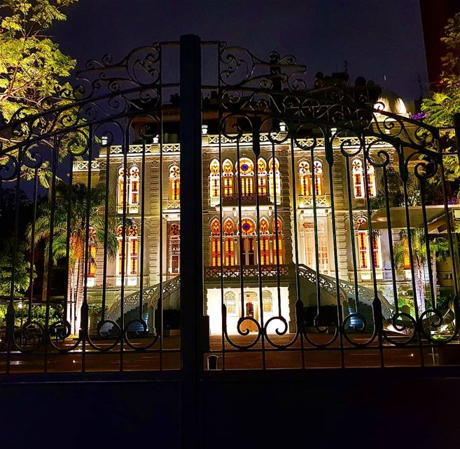 ❤🇱🇧 museum  palace  oldarchitecture  villa  colorful  nightout  gate ... (Nicolas Sursock Museum)