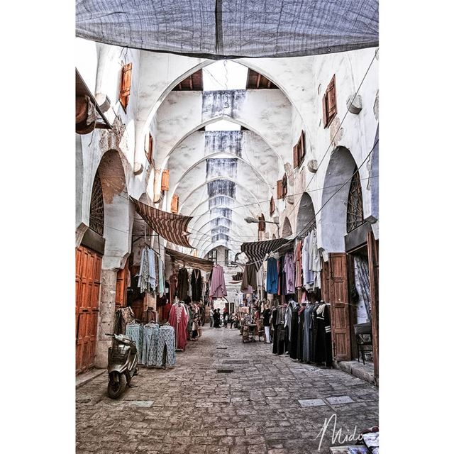 souk tripoli lebanon midophotography streetlife streetphotography ... (Tripoli, Lebanon)