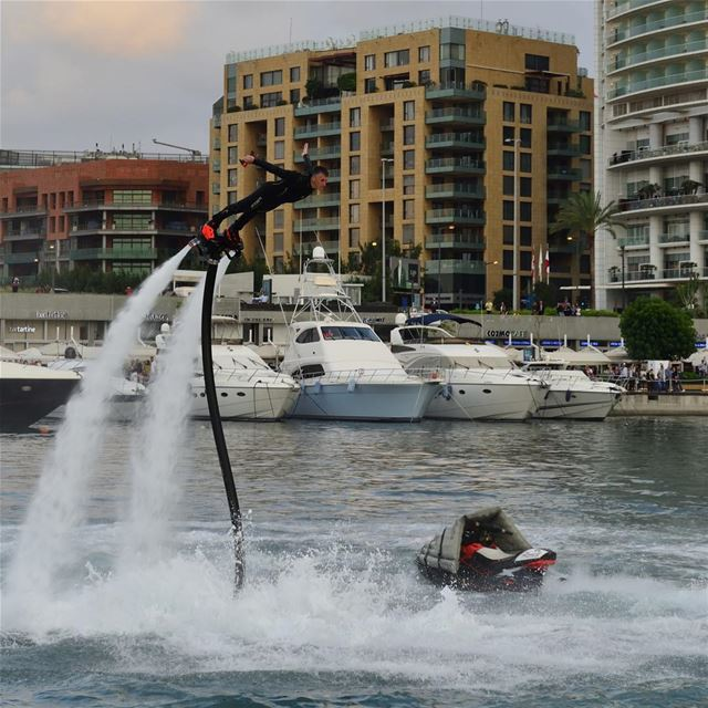 FLY like a Superman 😎 @lehnert.andreas 📷 beirutboatshow flyboard ... (Zaitunay Bay)