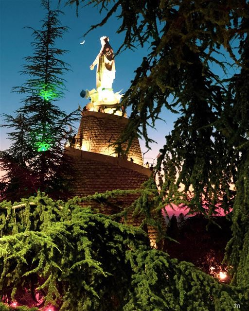 - The Lady and the Moon -... liveloveharissa  sunset  positivevibes ... (The Lady of Lebanon - Harissa)