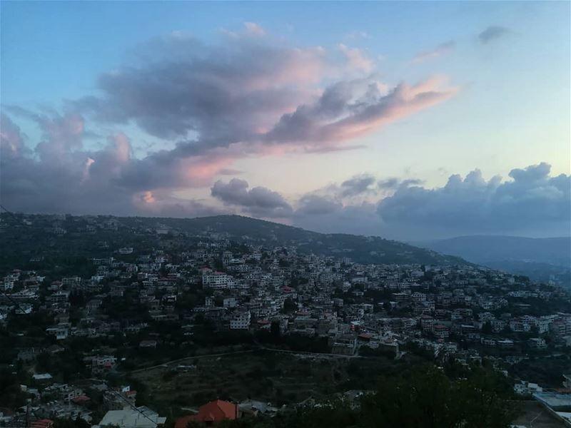sunset_ig sunsets sunsetlovers hasbaya_pictures hasbayasunset ... (Hasbayya, Al Janub, Lebanon)