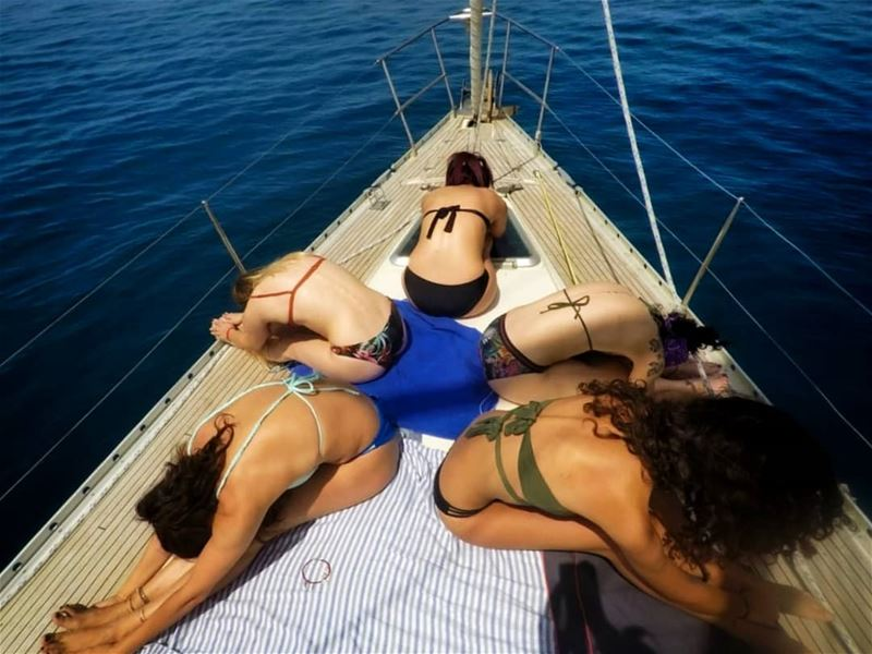 •Girls• 🌞.📷@pom2426 . summer2018 sailing sailboat sailingtrip ...