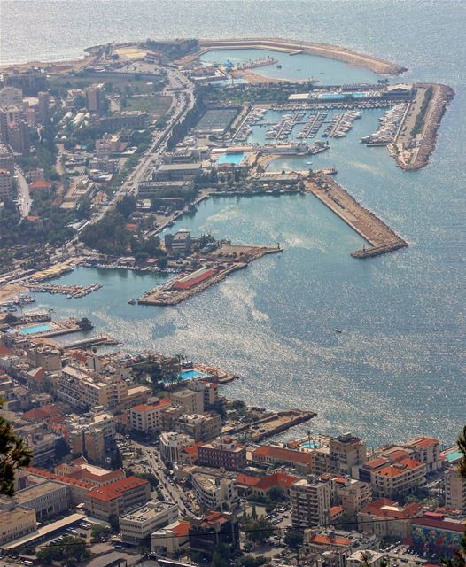 Beautiful Jounieh!❤️By @myr.najm Jounieh Beirut Beyrouth Liban ... (Joünié)