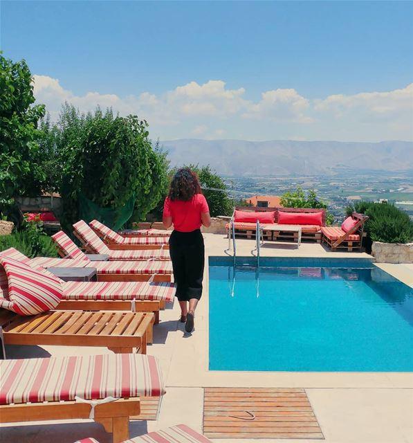 Sun, Fun, BBQ & Booze 🌞 @beitelkroum (Beit El Kroum)