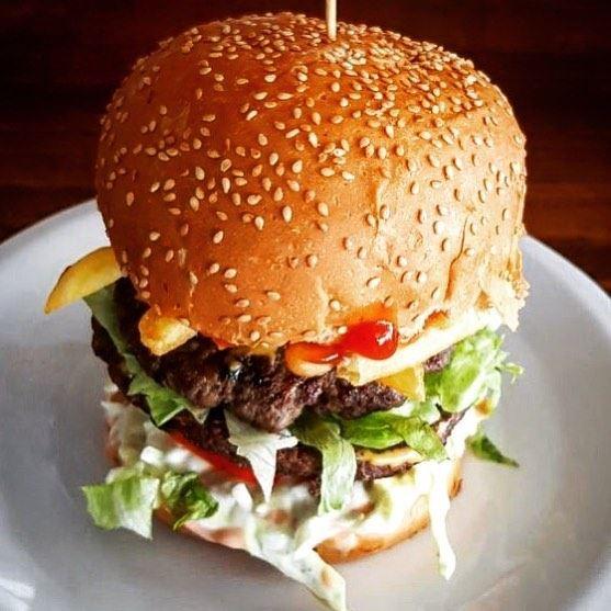 RAY's Burger 😍 lebanon batroun raysbatroun burger burgers food ... (RAY's Batroun)