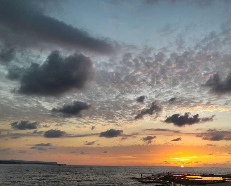 🌅 Ramadan Tripoli Lebanon Sunsets SunsetPorn ElMina Mina Gold ... (Tripoli, Lebanon)