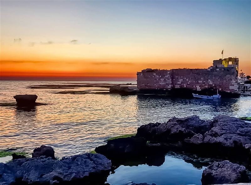 Sunsets in Byblos are different 🇱🇧 livelovebyblos mycountrylebanon...
