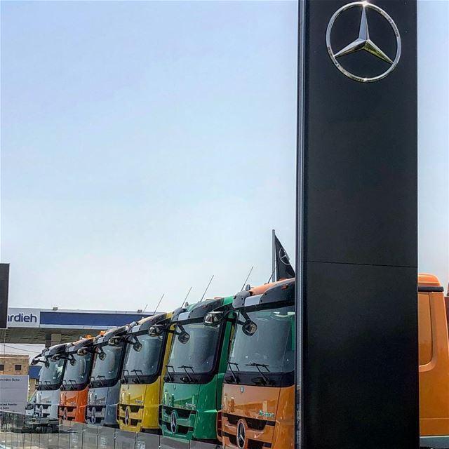 truck car color nice mercedes mercedesbenz lebanon🇱🇧 instacar ... (Saïda, Al Janub, Lebanon)