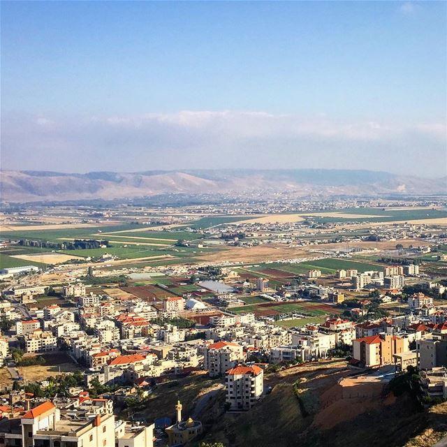 منظر بقاعي.. livelovebekaa 💚————————————————— view from the top ... (Beqaa Governorate)