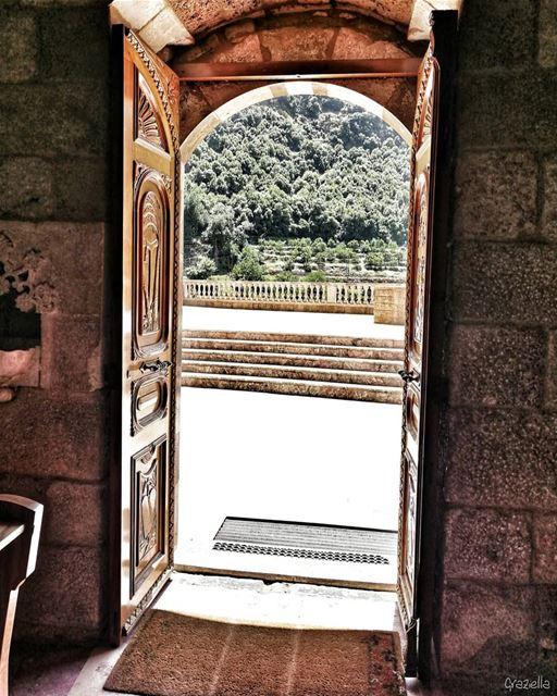 livelovelebanon lebanontimes landscapephotography lebanoninapicture ... (Mar Antonios-Kozhaya)