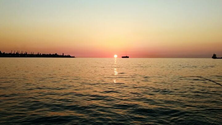 Mancing mania..... lebanon lebanon turkish turkiye laut senja ... (Dbayeh, Mont-Liban, Lebanon)
