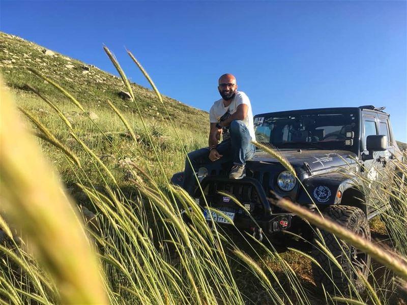 Roadtrip with my lady, Sumner never felt so good😍 happycouple ... (Zaarour Club)