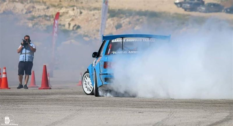 drift driftingbmw drifting bmwm3 bmwdrift bmwdrivers bmw sideways smoke... (Wardeh Kfardebian)