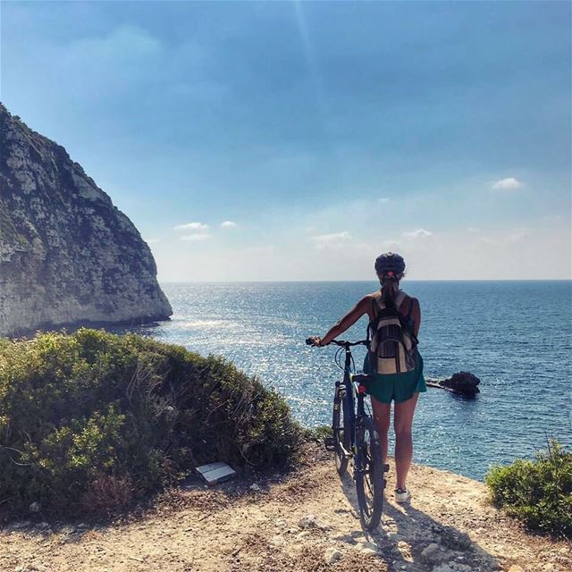 Was kinda worth the ride...what do you think🤔🚴♀️💚🌊 🧗♀️ ☀️ 🚲 🎒 👱� (Chekka)