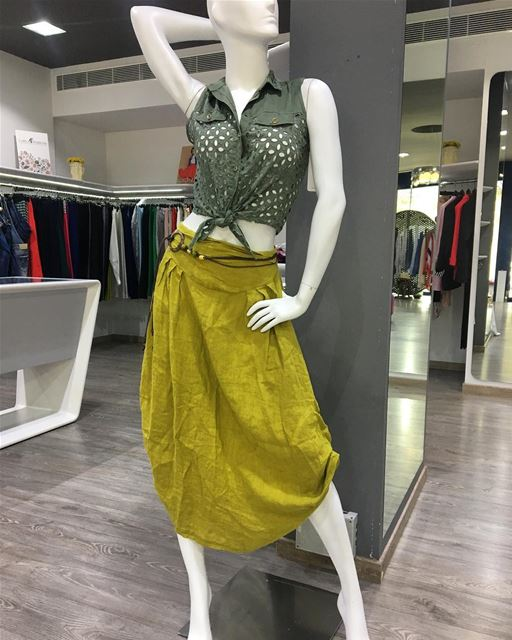 See our story for detail DailySketchLook 334 shopping italian boutique... (Er Râbié, Mont-Liban, Lebanon)