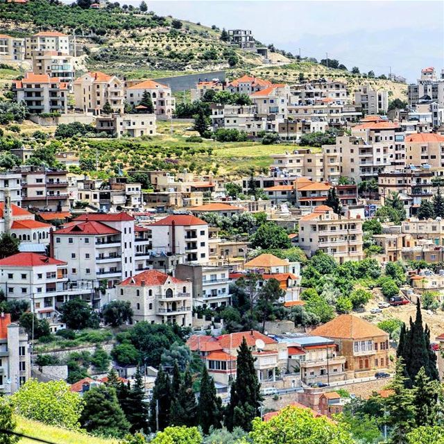 Lovely city Zahle. zahle lebanon oldhouse brick landscape photooftheday... (Zahlé, Lebanon)