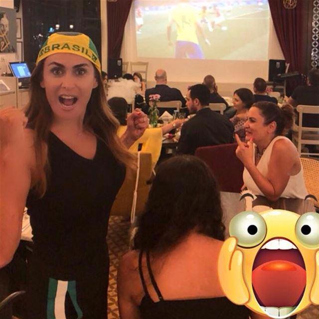 عيش اللحظة ومزمز مونديال عنّا بالدار ⚽️🍻🍗 مونديال worldcup football ... (Dar El Gemmayzeh)