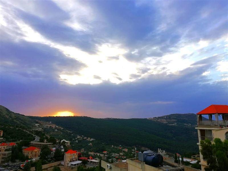 ~Chilling🎧~ (Jezzîne, Al Janub, Lebanon)