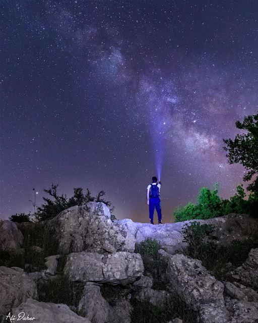 Chasing the Milky Way 🌌 ... milkyway milkywaygalaxy milkywaychasers... (Niha, Al Janub, Lebanon)