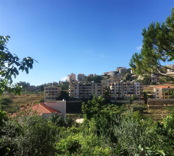🌳🏡🍃—————— sunday mood nature houses village trees ... (Aïn Ej Jdîdé, Mont-Liban, Lebanon)