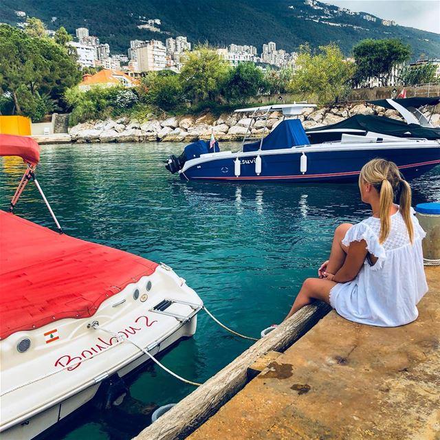 Picture perfect Lebanon...do you agree ? ⛰ 🌊 🚤🧗♀️ 🇱🇧🏖👱🏻♀️💚..... (Joünié)