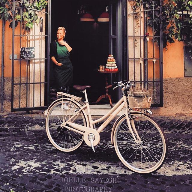 macarons italy italia ig_italia igers instagram ig_leb instagood... (Le Tavernelle)