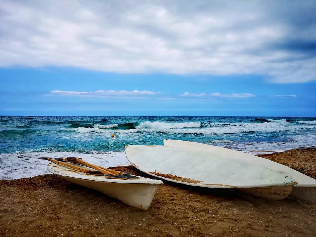 You can't stop the waves but you can learn to surf!!............ (C FLOW Beach Resort)